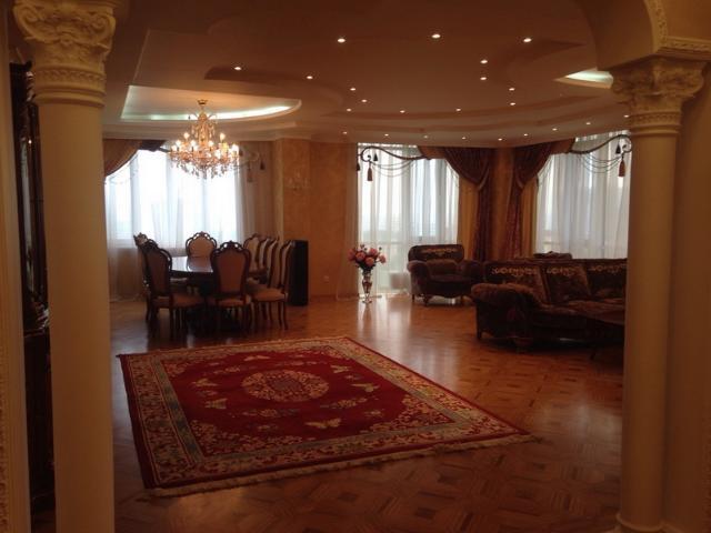 Сдается 4-комнатная квартира на ул. Проспект Шевченко — 2 000 у.е./мес. (фото №2)