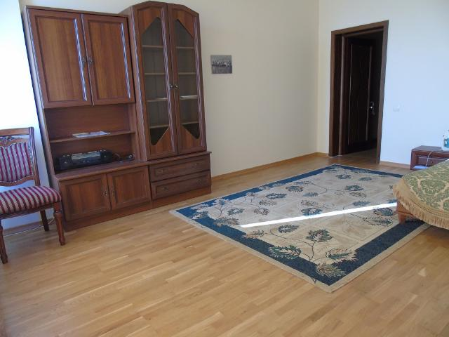 Сдается 3-комнатная квартира на ул. Литературная — 800 у.е./мес. (фото №12)