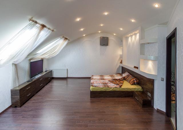 Сдается 5-комнатная квартира на ул. Успенская — 1 500 у.е./мес. (фото №10)
