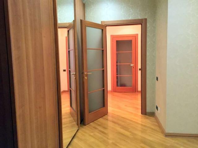 Сдается 4-комнатная квартира на ул. Дунаева Пер. — 2 200 у.е./мес. (фото №11)