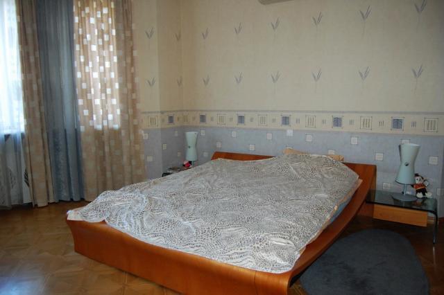 Сдается 4-комнатная квартира на ул. Довженко — 1 500 у.е./мес. (фото №4)