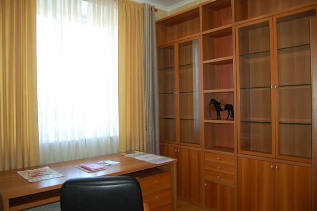 Сдается 4-комнатная квартира на ул. Довженко — 1 500 у.е./мес. (фото №5)