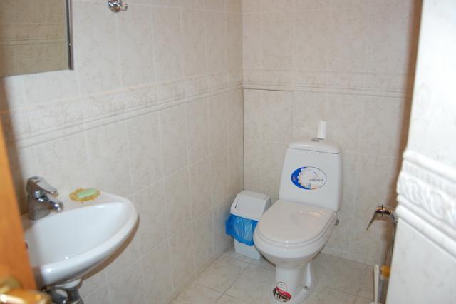 Сдается 4-комнатная квартира на ул. Довженко — 1 500 у.е./мес. (фото №10)