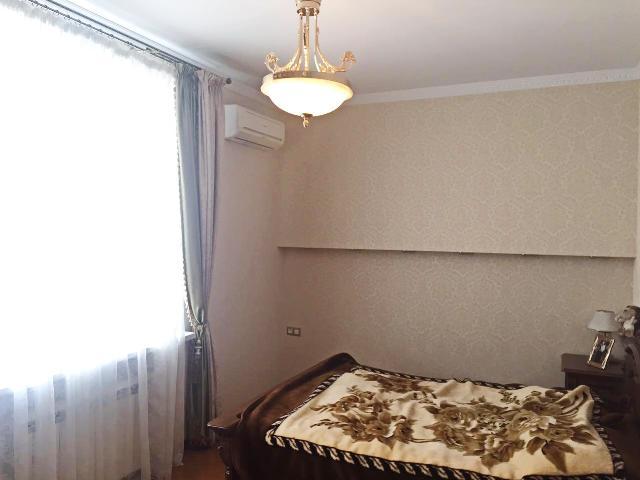 Сдается 4-комнатная квартира на ул. Мукачевский Пер. — 1 600 у.е./мес. (фото №2)