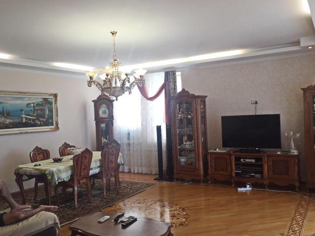 Сдается 4-комнатная квартира на ул. Мукачевский Пер. — 1 600 у.е./мес. (фото №4)