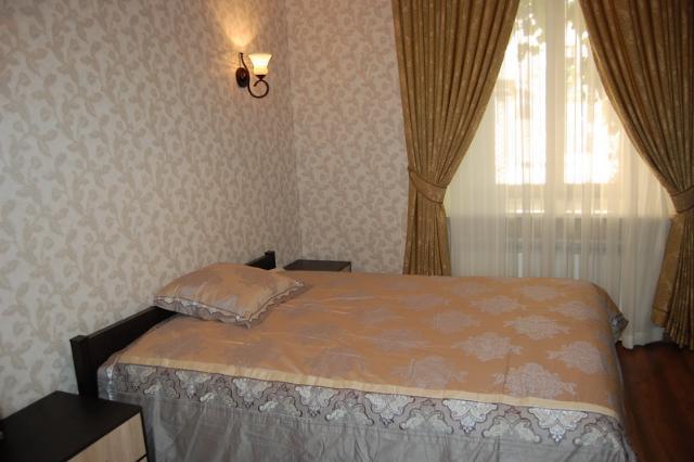 Сдается 2-комнатная квартира на ул. Екатерининская — 800 у.е./мес.
