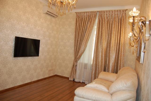 Сдается 2-комнатная квартира на ул. Екатерининская — 800 у.е./мес. (фото №3)