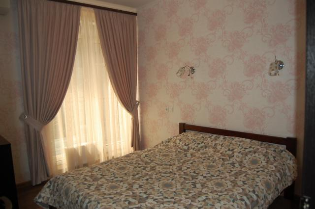 Сдается 2-комнатная квартира на ул. Французский Бул. — 500 у.е./мес.