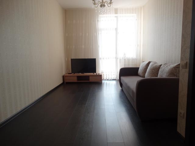 Сдается 1-комнатная квартира на ул. Гагаринское Плато — 400 у.е./мес.