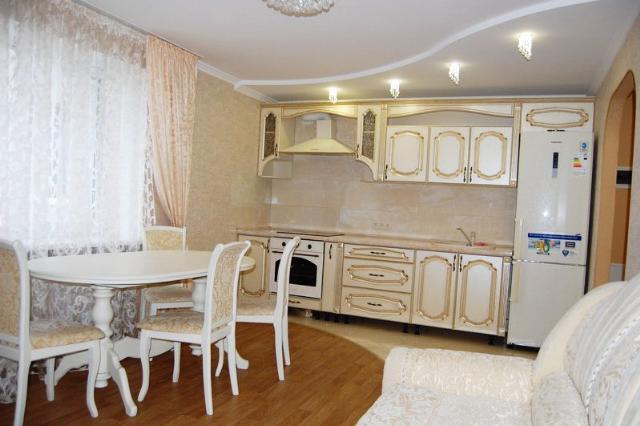Сдается 2-комнатная квартира на ул. Мельницкая — 385 у.е./мес. (фото №2)