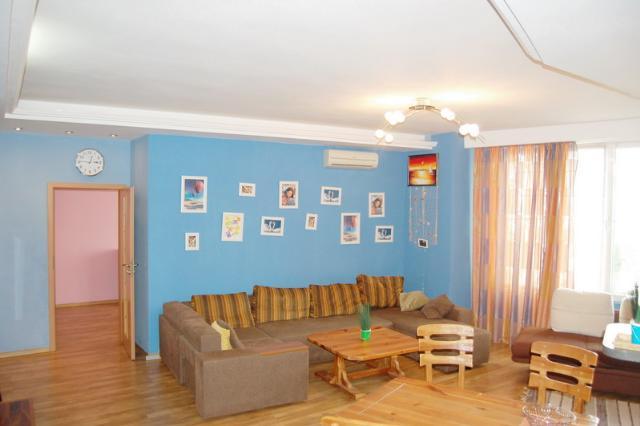 Сдается 2-комнатная квартира на ул. Литературная — 500 у.е./мес.