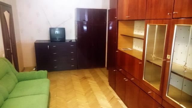 Сдается 1-комнатная квартира на ул. Среднефонтанская — 20 у.е./сут.