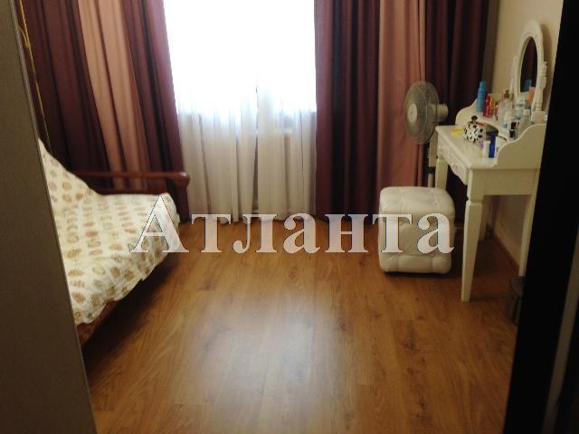 Продается 3-комнатная квартира на ул. Ильфа И Петрова — 65 000 у.е.