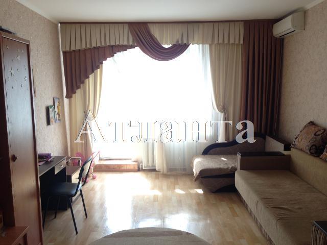 Продается 3-комнатная квартира на ул. 7-Я Улица — 55 000 у.е.