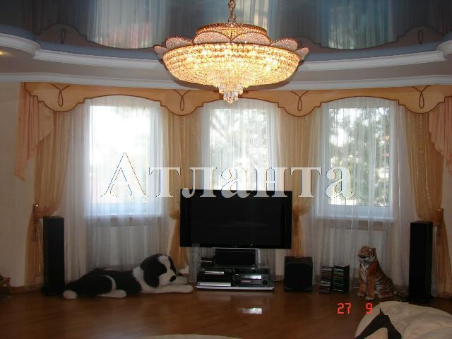 Продается 3-комнатная квартира на ул. Авдеева-Черноморского — 170 000 у.е.