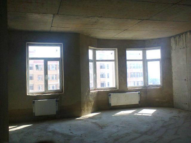 Продается 2-комнатная квартира на ул. Маршала Говорова — 80 000 у.е.
