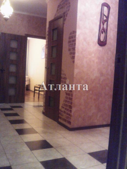 Продается 3-комнатная квартира на ул. Академика Вильямса — 98 000 у.е.