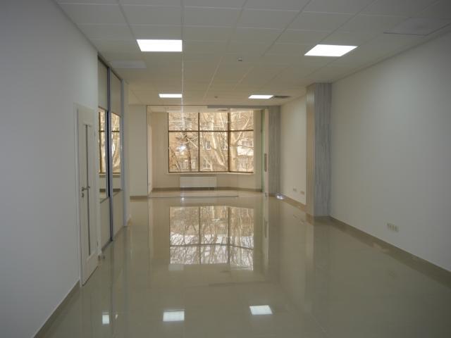 Продается Офис на ул. Жукова Вице- Адм. Пер. — 450 000 у.е.