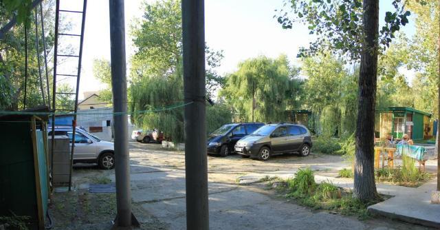 Продается База отдыха на ул. Лазурная — 600 000 у.е.