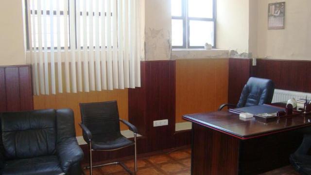 Продается Офис на ул. Олеши Юрия — 55 000 у.е.