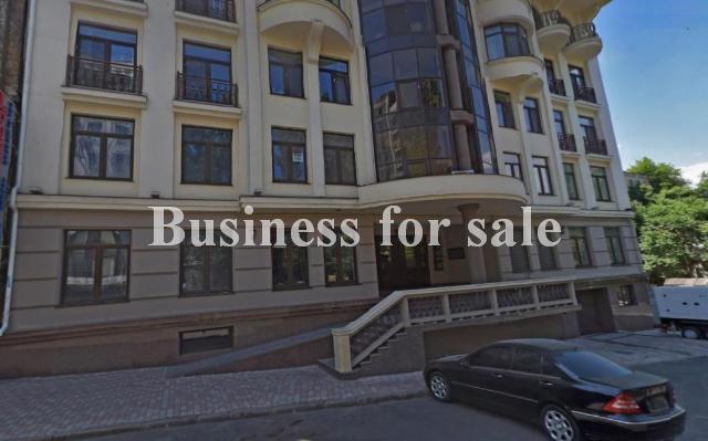 Продается Автостоянка на ул. Военный Сп. — 20 000 у.е.