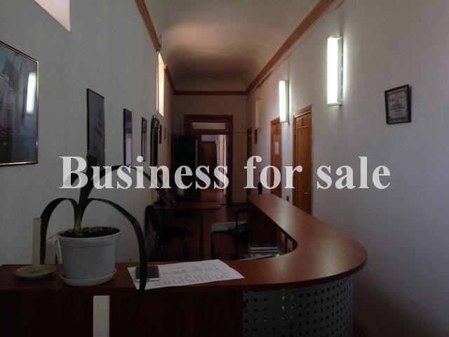 Продается Офис на ул. Александровский Пр. — 125 000 у.е.