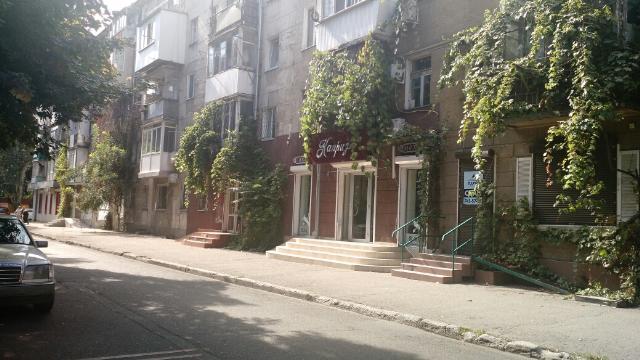 Сдается Магазин на ул. Довженко — 880 у.е./мес.