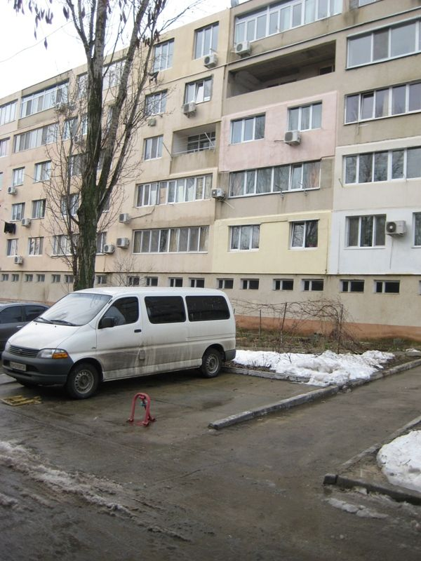 Продается 1-комнатная квартира на ул. Добровольского Пр. — 5 000 у.е.