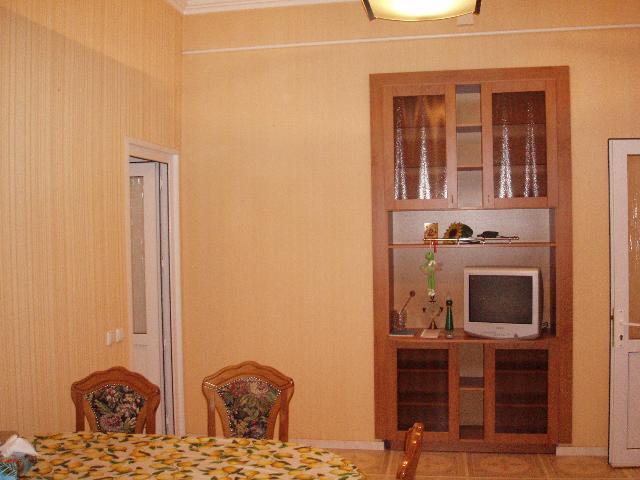 Продается 4-комнатная квартира на ул. Базарная (Кирова) — 195 000 у.е. (фото №11)
