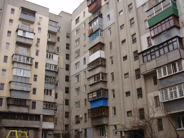 Продается 4-комнатная квартира на ул. Картамышевская (Марии Расковой) — 70 000 у.е.