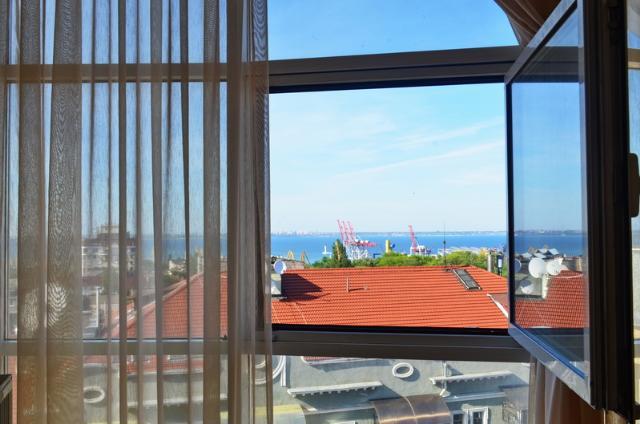 Сдается 3-комнатная квартира на ул. Сабанский Пер. (Суворова Пер.) — 0 у.е./сут. (фото №9)