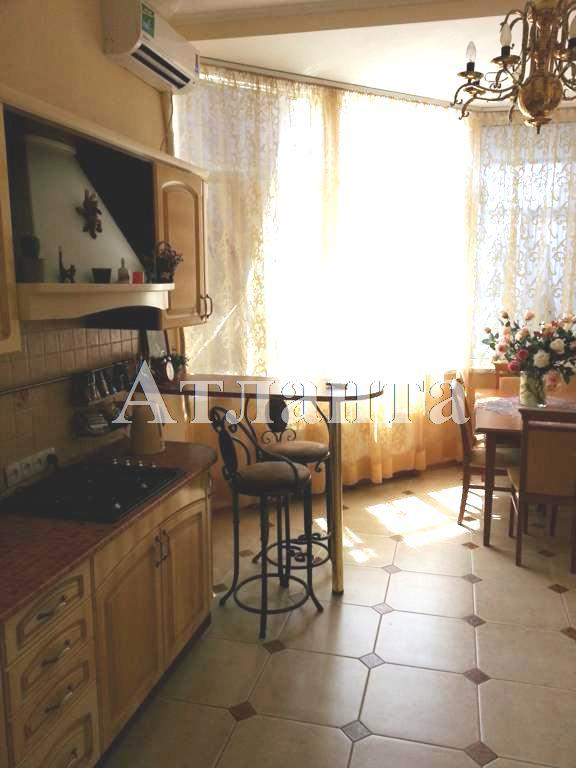 Продается 2-комнатная квартира на ул. Жукова Вице- Адм. Пер. — 90 000 у.е.