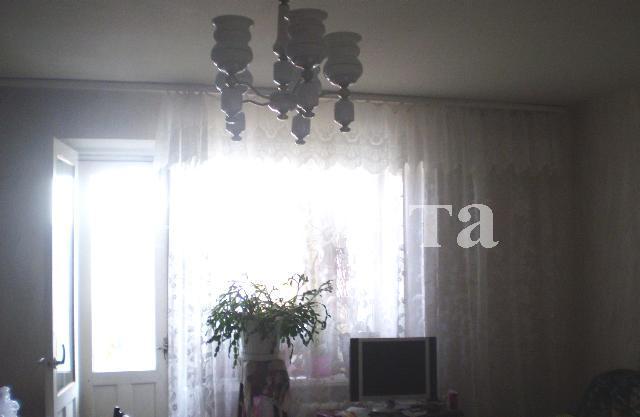 Продается 4-комнатная квартира на ул. Заболотного Ак. — 44 000 у.е.