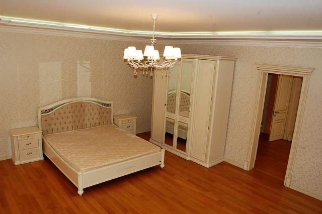 Сдается 4-комнатная квартира на ул. Мукачевский Пер. — 0 у.е./сут. (фото №6)