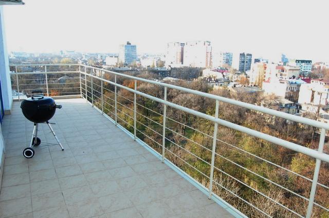 Сдается 4-комнатная квартира на ул. Мукачевский Пер. — 0 у.е./сут. (фото №14)