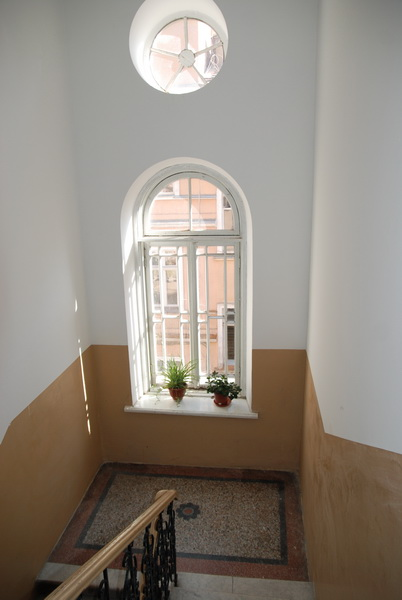 Сдается 3-комнатная квартира на ул. Торговая (Красной Гвардии) — 70 у.е./сут. (фото №4)