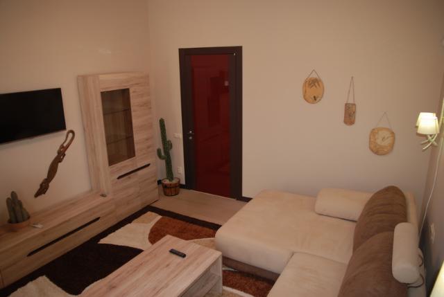 Сдается 3-комнатная квартира на ул. Торговая (Красной Гвардии) — 70 у.е./сут. (фото №9)