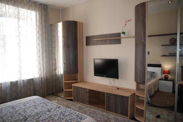 Сдается 3-комнатная квартира на ул. Торговая (Красной Гвардии) — 70 у.е./сут. (фото №13)