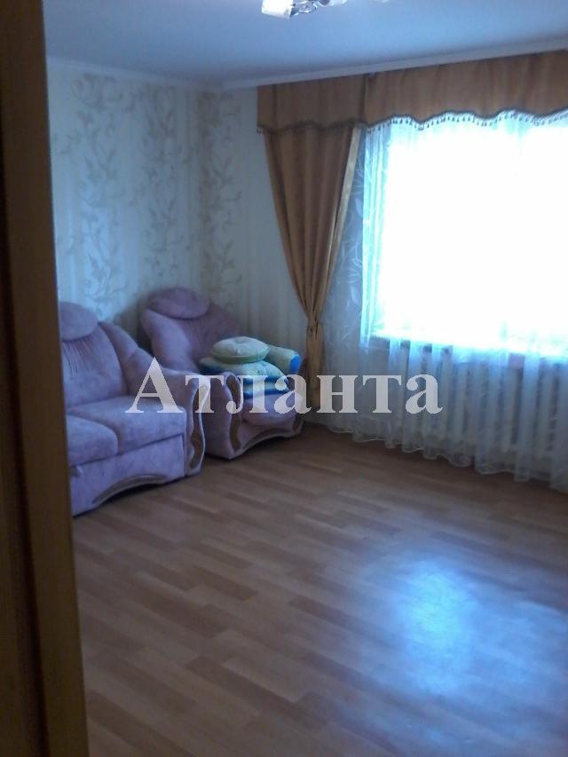 Продается 2-комнатная квартира на ул. Добровольского Пр. — 49 000 у.е.