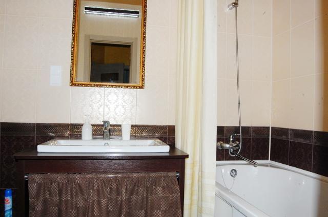 Сдается 1-комнатная квартира на ул. Гагаринское Плато — 60 у.е./сут. (фото №4)