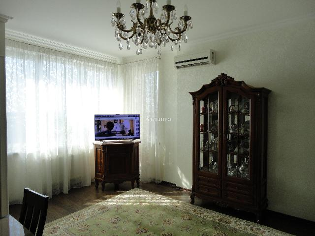 Продается 1-комнатная квартира на ул. Среднефонтанская — 72 000 у.е. (фото №2)