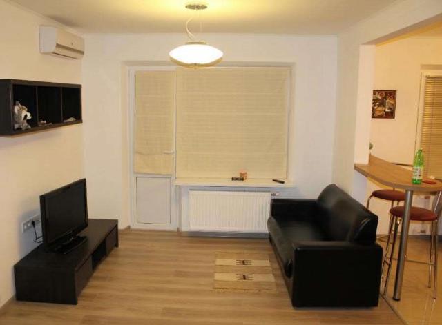 Сдается 1-комнатная квартира на ул. Ильфа И Петрова — 20 у.е./сут. (фото №5)