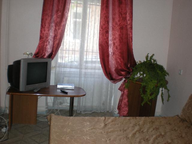 Сдается 3-комнатная Квартира на ул. Большая Садовая — 0 у.е./сут. (фото №2)
