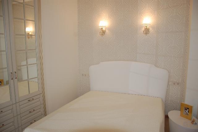 Сдается 1-комнатная квартира на ул. Французский Бул. (Пролетарский Бул.) — 0 у.е./сут.