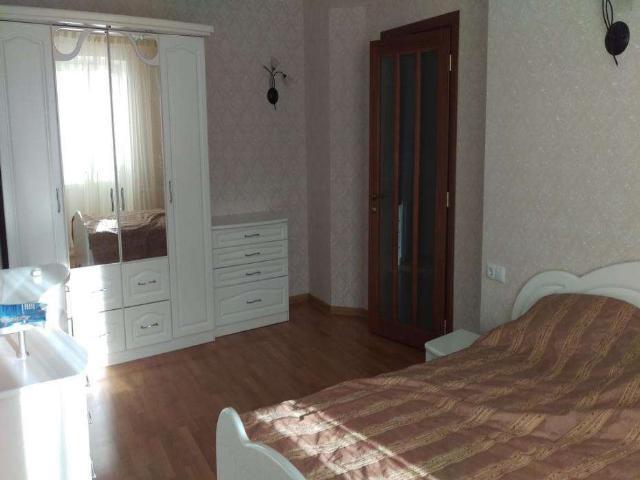 Сдается 3-комнатная квартира на ул. Фонтанская Дор. (Перекопской Дивизии) — 0 у.е./сут.