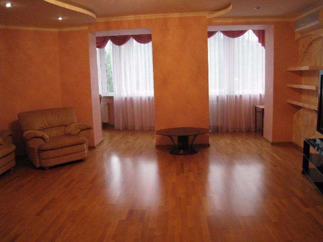 Сдается 3-комнатная квартира на ул. Фонтанская Дор. (Перекопской Дивизии) — 0 у.е./сут. (фото №8)