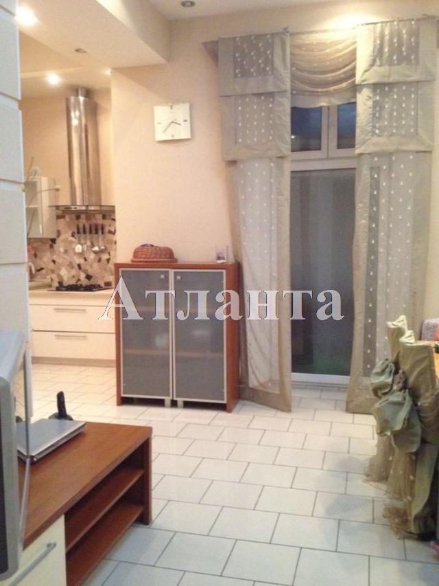 Продается 3-комнатная квартира на ул. Екатерининская — 160 000 у.е.