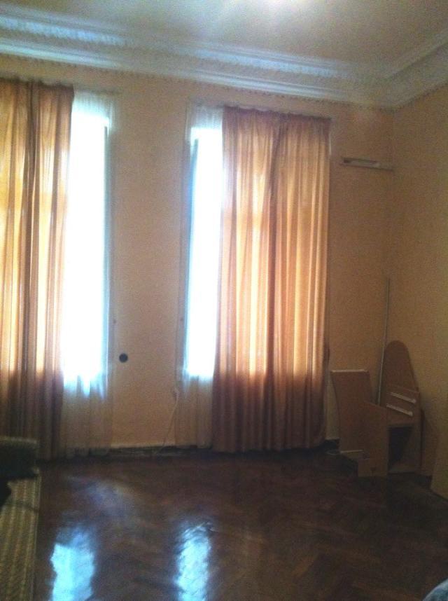 Продается 4-комнатная Квартира на ул. Пантелеймоновская (Чижикова) — 105 000 у.е.