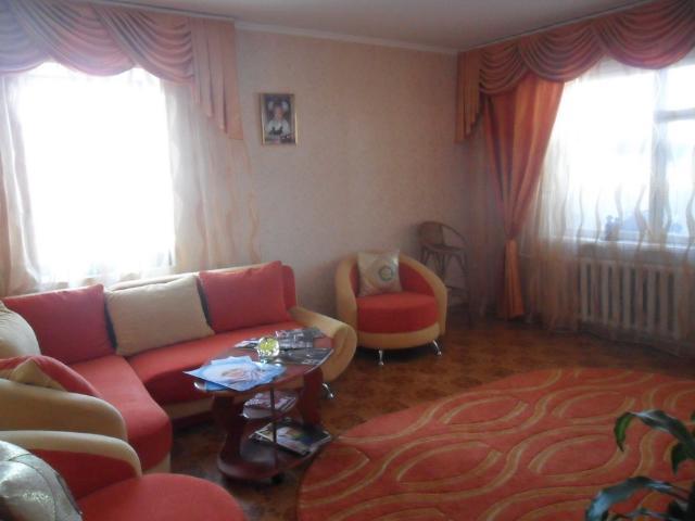 Продается 3-комнатная квартира на ул. Добровольского Пр. — 45 000 у.е.
