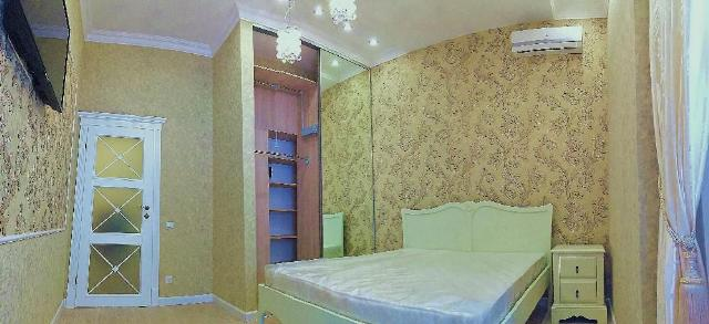 Сдается 3-комнатная квартира на ул. Коблевская (Подбельского) — 0 у.е./сут.